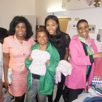 Alpha Kappa Alpha Sorority Chapter Psi Lamda Omega Seasonal Wraps Presents Baby Hugs 2017